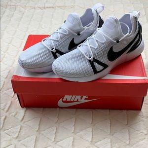 Nike duel racer sneakers